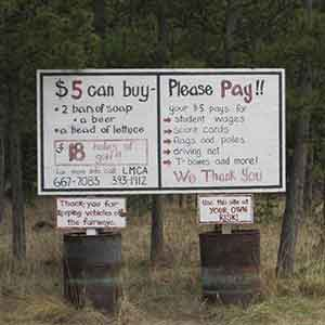 Signs at Annie Lake Golf Course